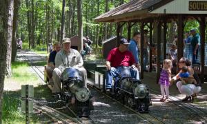 long island live steamers railroad ride in suffolk