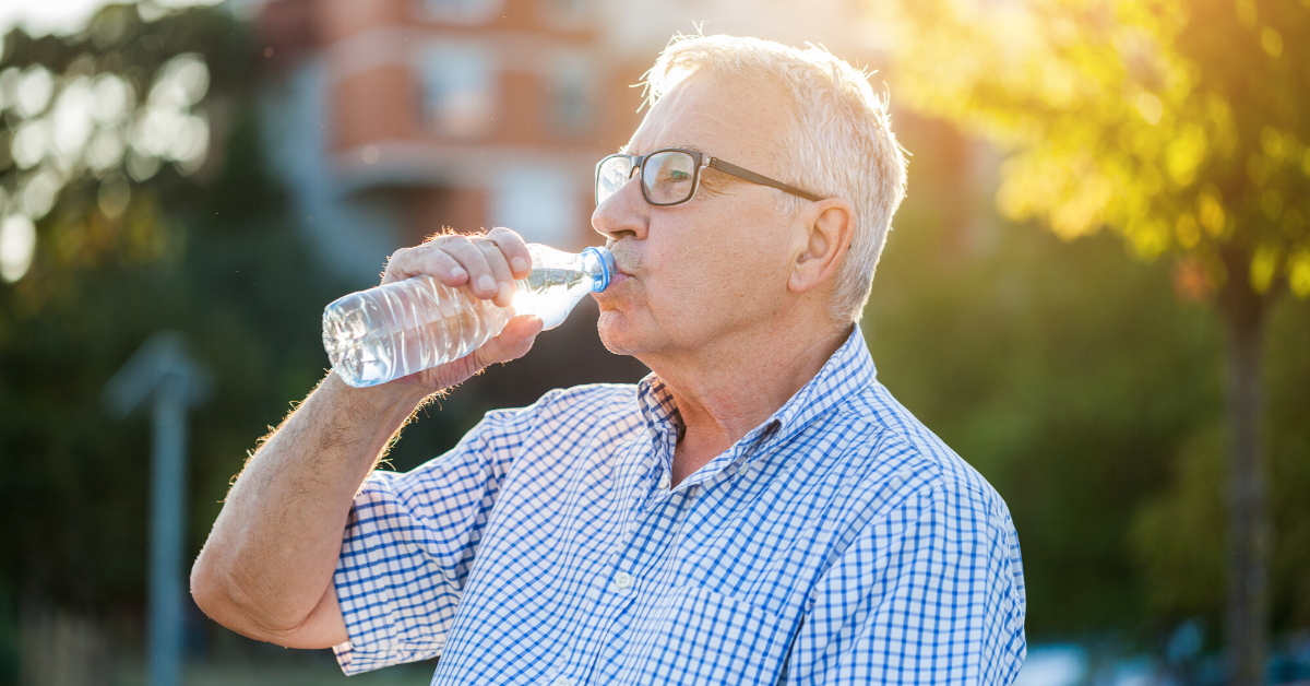 [blog - HubSpot] staying-hydrated-for-seniors