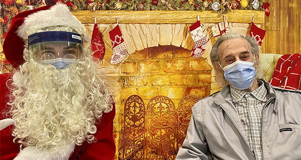 Santa Visits Garden City